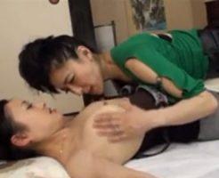 【熟女レズ動画】淫乱な四十路の熟女妻が巨乳な義妹に欲情し和室で痴女って濃厚レズSEX