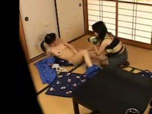 【盗撮レズ動画】美熟女な痴女家庭教師が教え子のロリJKをレズレイプで犯す瞬間を隠し撮り!