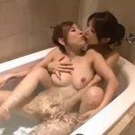 【巨乳レズ動画】スレンダーで爆乳な艶のある美熟女2人がラブホテルで濃厚な汗だくレズSEX