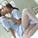 【キスレズ動画】白ギャルの新人ナースさんが先輩の美人看護婦と夜勤の最中に欲情し濃厚接吻!