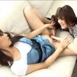 【クンニレズ動画】ギャルJDの巨乳姉妹が着衣SEXでの近親相姦レズプレイでオマンコを舐めまくる