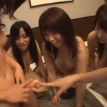【乱交レズ動画】ノンケの素人娘たちをナンパし初めてのレズプレイで集団SEXしてもらう企画モノ