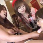 【ふたなりレズ動画】肉棒生えた巨乳熟女な人妻がママ友の2人に痴女られ3Pレイプで犯される