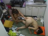 【盗撮レズ動画】素人ギャルOLが社宅で同僚の女性社員とディルドを使ったアナルSEXする姿を隠し撮り!