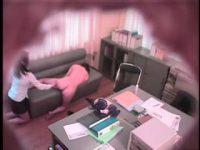 【レズ動画】レズビアンGメンのセクハラ取調べでエクスタシーする万引き主婦www